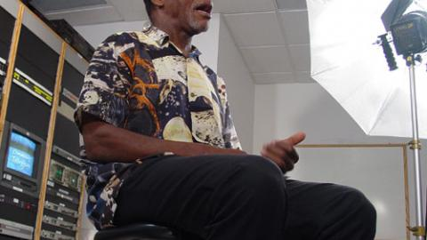 Danny Glover: Moon Shirt